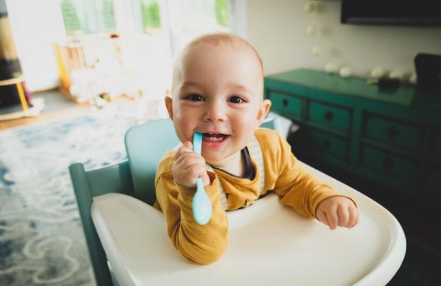 por que hay bebes que nacen con un diente