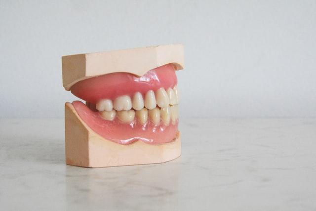 razones para reponer los dientes perdidos