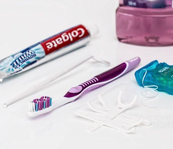 errores al cepillarse los dientes